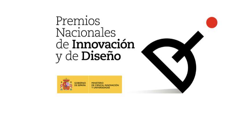 Nuestro CEO Antonio Muñoz Beraza pasa el testigo al nuevo ganador del Premio Nacional de Innovación, modalidad Trayectoria Innovadora